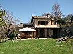 Recently rebuilt stone house, sites in a panoramic position in Torri in Sabina - Lazio.