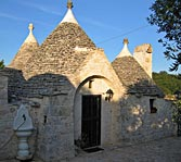 Beautifully renovated group of trulli near Alberobello
